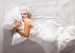 Marilyn Monroe by Douglas Kirkland